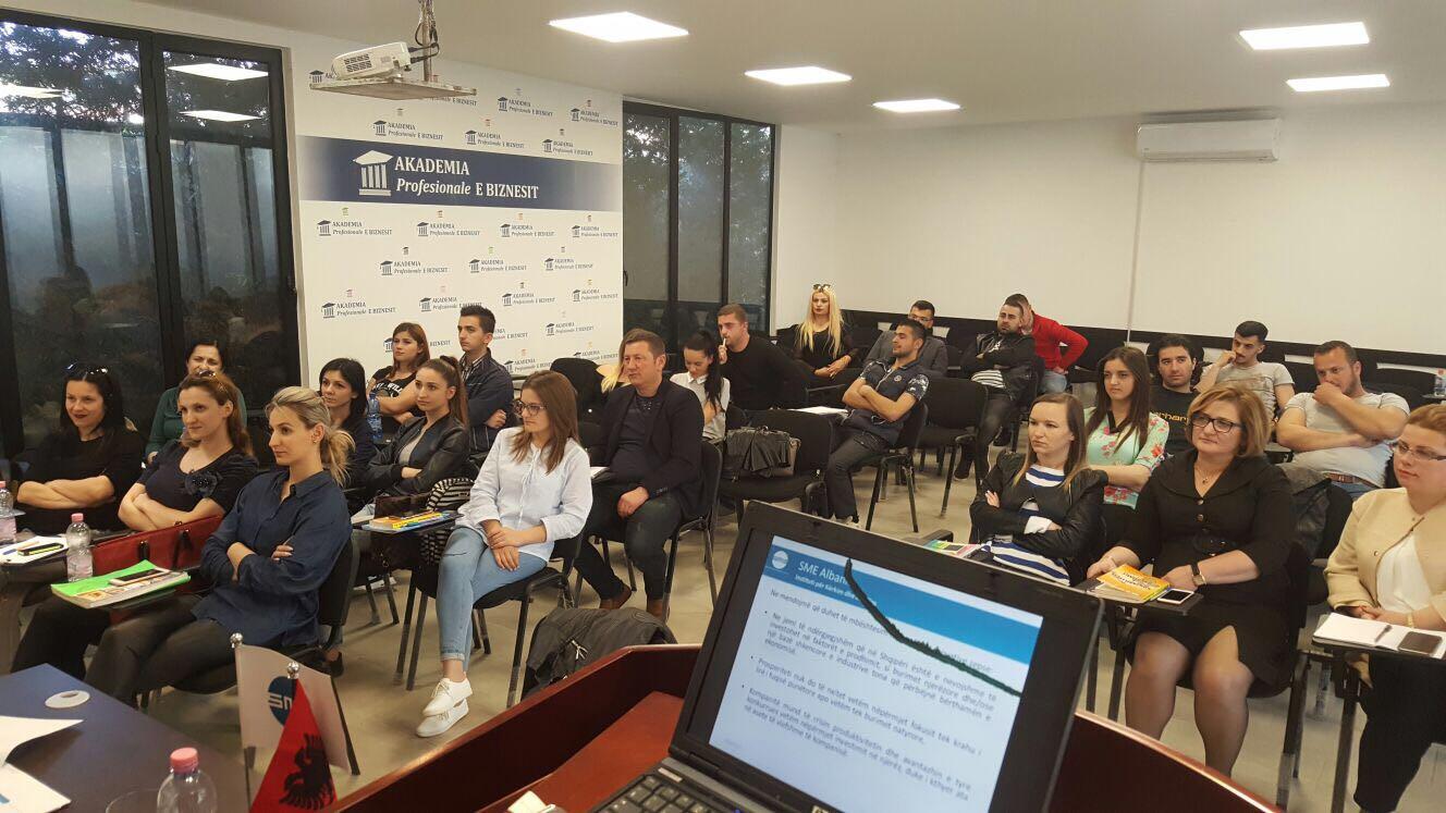 SME Albania prezantohet në Akademinë e Biznesit
