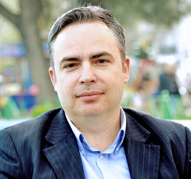 Vasil Kolezi